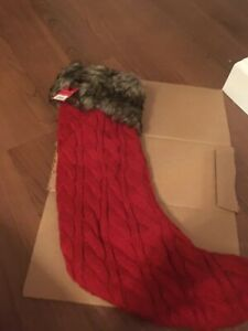 BRAND NEW WONDERSHOP CHRISTMAS RED KNIT FAUX FUR STOCKING