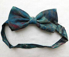 """Abstract British bow tie vintage 1980s  ready tied to fit collar sizes 11 to 18"""""""