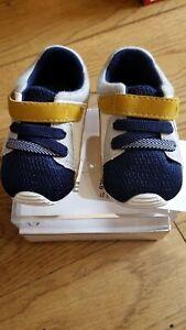 New Spanish designer Mayoral grey/navy/mustard baby shoes ,19(9 to 11 mo),NIB