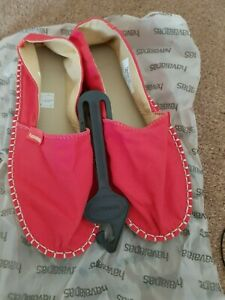 Havaianas Espadrilles RED  Size UK 4 EU 37.New Without Box