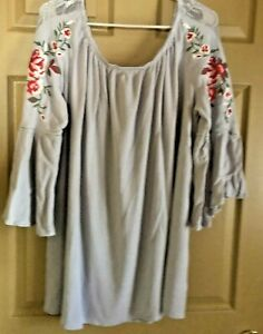 Umgee Plus Embroidered Off The Shoulder Pale Gray Bell Sleeve Blouse 2X