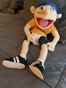 Jeffy Puppet SML First Sold Out Edition Authentic Cones with Bag Extra Diaper