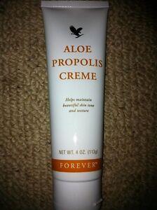 Aloe Vera Propolis Cream (Creme) by Forever Living.