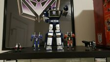 transformers robot hero soundwave