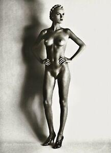 1980 Vintage HELMUT NEWTON Female Nude Woman Blonde Hair Duotone Photo Art 12X16