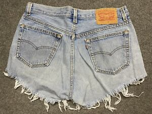 Levi's 505 Denim Shorts Womens 32 Cut Off Button Fly Relaxed Fit Blue Adult