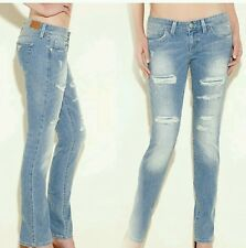 NWT GUESS Starlet Straight Leg Jeans - Candor Destroy SIZE 24