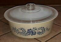 Pyrex Big Bertha Homestead 664 Round 4 Quart Casserole with Lid being NO CHIPS