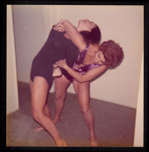 CARPET BURN LESBIAN WRESTLING WOMEN VICIOUS NUDE FIGHT ~ 1960s VINTAGE PHOTO