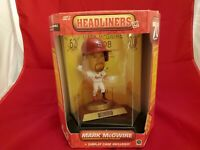 VTG 1998 Headliners XL Mark McGwire 70 Home Run Figure MLB Signed Authentic COA