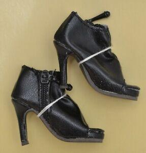 Ellowyne Wilde SHIRRED STEP SHOES in BLACK Wilde Imagination NEW
