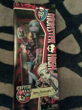 Monster High Abbey Bominable coffin bean NEW Sealed Boxed