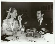 BETTE DAVIS IS OUT ON THE TOWN IN THIS HOLLYWOOD CANDID  BROWN DERBY ?