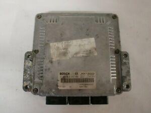 calculateur renault Bosch , 0281010297 / 8200112661 / HOM8200048297 (réf 4886)