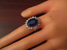 Anillo Azul Zafiro con ribete de detalle diamante (tamaño grande)