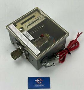 Honeywell L4079B1041 Pressuretrol Controller Manual Reset 150 PSI *WARRANTY*