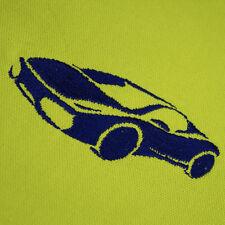 Serviette de table vert-jaune de 40 x 40 cm avec une voiture brodé