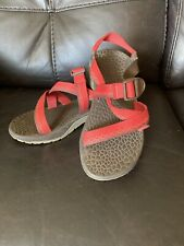 womens chaco sandals size 7