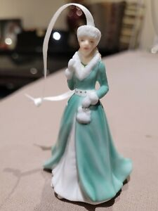 Royal Doulton Christmas Lady Figurine 7.5 cm 2.9IN Tree Decoration