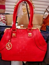 UNBRANDED SHOULDER AND CROSS-BODY STYLE HANDBAG, JEWELRY CLASP, COLOR RED.