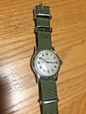 Universal Geneve WWII  Swiss made men's watch with NICE military dial!