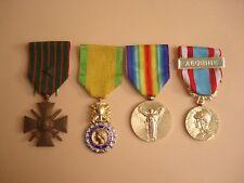 4 Médailles Militaires françaises Commémoratives - 4 French Medals