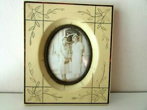 ANTIQUE OLD HANGING PICTURE FRAME ENGRAVED CELLULOID