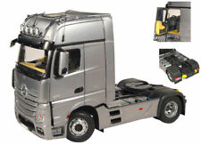 Mercedes Actros Giga Space 4x2 Silver Camion Truck 1:18 Model NZG