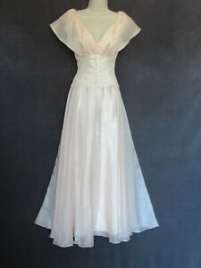 70's 80's Vintage Peachy Pink Organza Lace Buttons Princess Wedding Formal Dress
