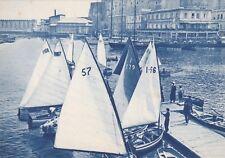 NAPOLI: Prima della Regata - folla di vele nel porticciuolo S. Lucia