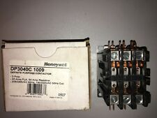 Honeywell  DP3040C 1009 Definite Purpose Contactor 3-Pole 40A 208/240v
