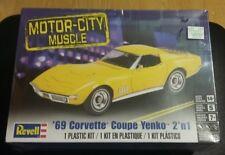 1:25 Revell 4411 - '69 Corvette® Coupe Yenko™ 2 'n 1 - Plastic Model Kit NEW