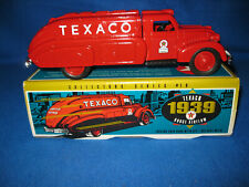 Ertl 1939 Texaco Dodge Airflow Oil Tank truck Die-Cast Bank #9500 NEW #10