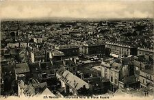 CPA Reims-Panorama vers la Place Royale (346843)