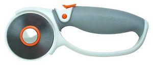 Fiskars 60 mm titanium Rotary Cutter looped handle