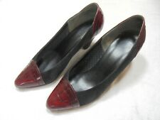 Ladies Bally suede/leather court shoe size 6