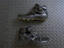 Tsubo S/N 8066-BKAV Black Yellow Leather Strap Shoes Size US 9 - EU 40 - UK 7.5