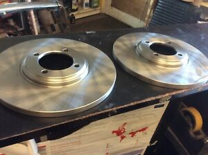 ONE PAIR OF TRIUMPH VITESSE 2 LITRE & GT6 BRAKE DISCS 213227 MADE IN ENGLAND