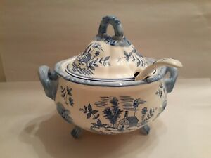 Vintage Blue & White log cabin Soup Tureen With Lid & Ladle