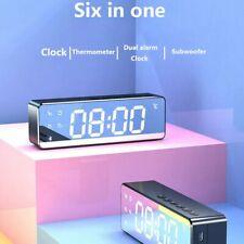 Neu Radiowecker mit LED Digital dimmbar Tischuhr Alarm Uhr Kalender.
