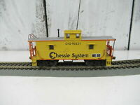 Vintage Atlas Trainman HO Scale Chessie System C&O Center Cupola Caboose #90221