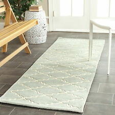 Hand-Tufted Safavieh Grey/Ivory Wool Runner Rug 2' 3 x 7'