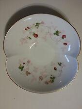 Wedgwood White Bone China WILD STRAWBERRY Serving Marriage Bowl Pastels NICE