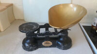 VINTAGE  WEIGHING SCALES - SHOP / KITCHEN -  SALTERS WITH BRASS PAN