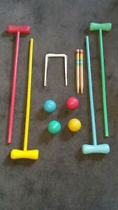 Family Wooden Croquet Set 4 Mallets, 4 Balls, 10 Hoops, 2 Pegs Garden Game