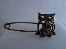 Owl scarf/wrap pin  -Aussie seller Brand new in packaging