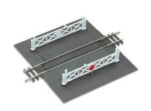 PECO 00 gauge Track, layout Plastic Kit No: ST 268 Straight Level Crossing: