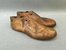 Anciens embauchoir en bois vieux métiers de cordonnier french antique