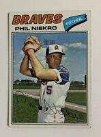 1977 Phil Niekro # 615 Topps Baseball Card Atlanta Braves HOF