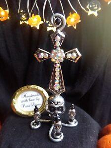 Puppenhaus 1:6 1:12 KREUZ Totenköpfe Hexe Fee Zauberer Altar Gothic Halloween